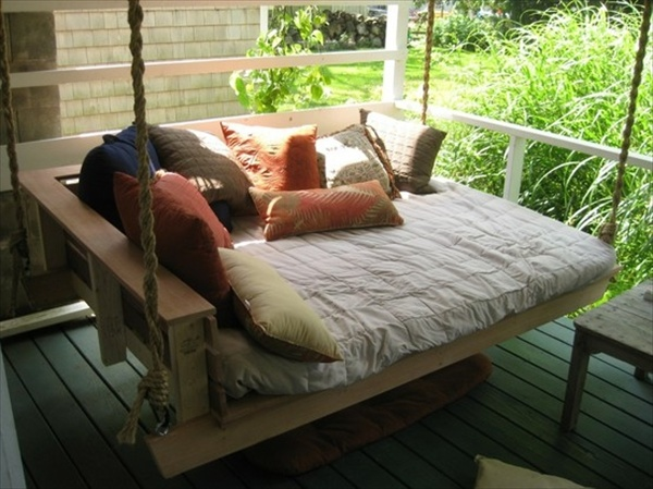 DIY Pallet Swing Plans: Chair, Bed & Bench | Wooden Pallet Furniture