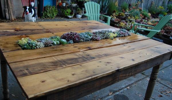 Pallet garden table