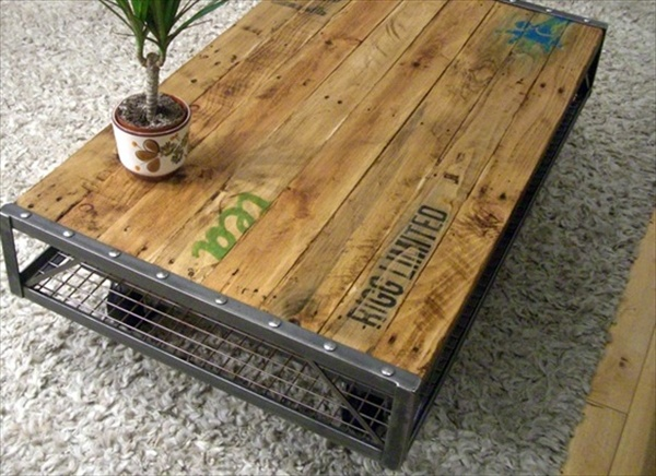 ... An Entertaining Outlook with Rustic Appeal | Wooden Pallet Furniture