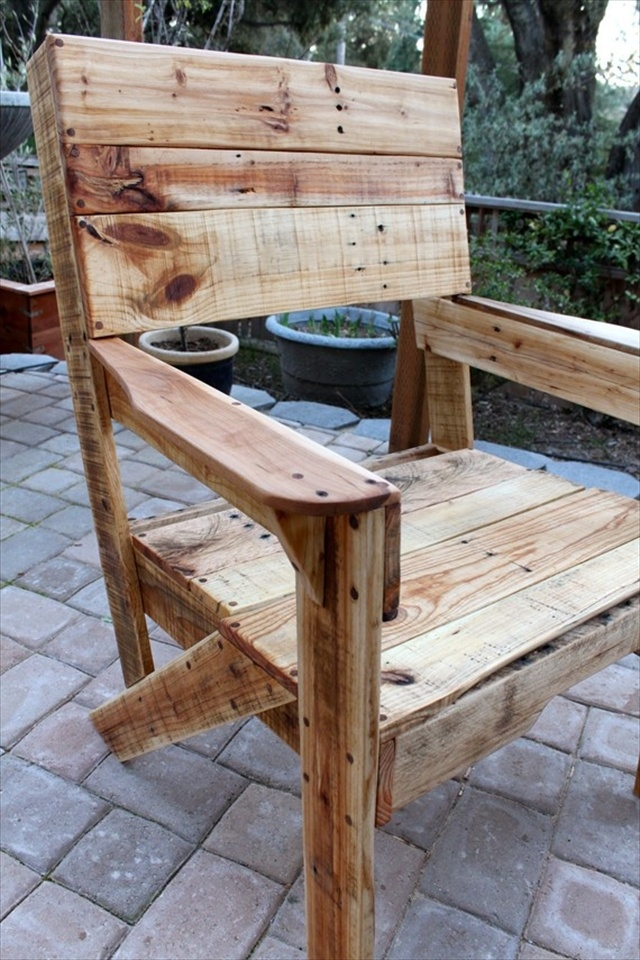 The pallet chair can be a perfect start towards the making of more ...