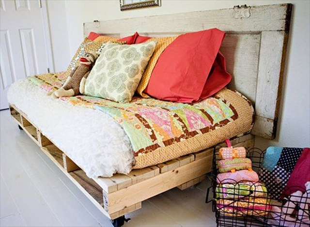 ... and pillows with laying back and enjoying the pallet daybed outdoor