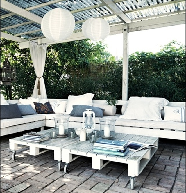 Pics For > Diy Outdoor Furniture With Pallets