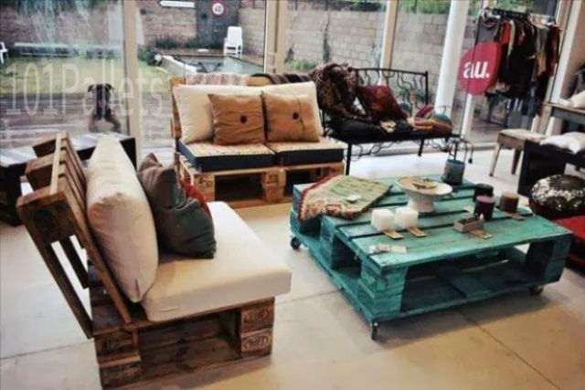 Use for old Wooden Pallets