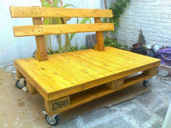 pallet bench with wheels
