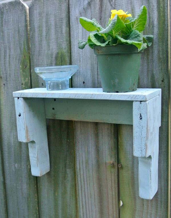 upcycled pallet rustic shelf