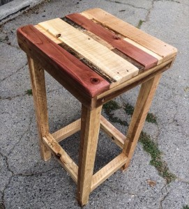 rustic pallet polished side table