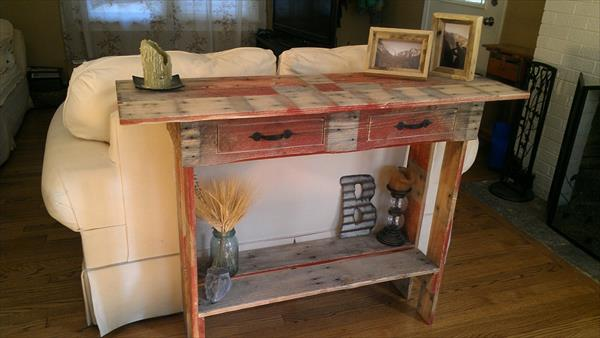 Superieur Recycled Pallet Couch Back Table