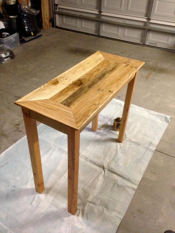 how to build a sofa table out of pallets