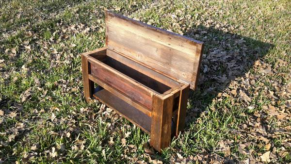 salvaged pallet bench with secret stash