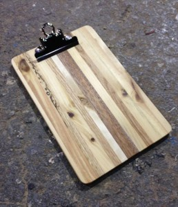 upcycled pallet clipboard