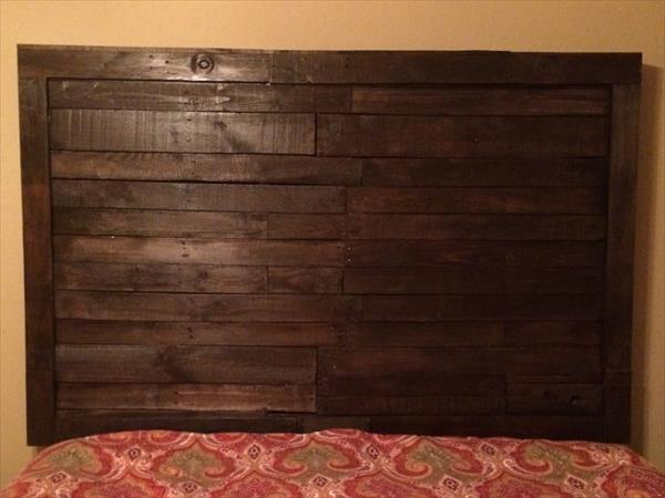 Diy pallet headboard king sized wooden pallet furniture for Diy pallet headboard king