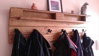 upcycled pallet coat rack and shelf