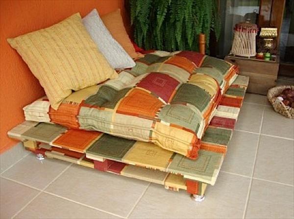 pallet-sofa (1)