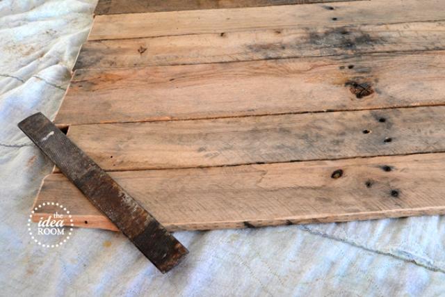 Wooden Pallet Map