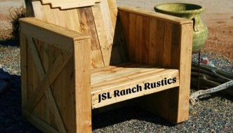Outdoor DIY Pallet Chair