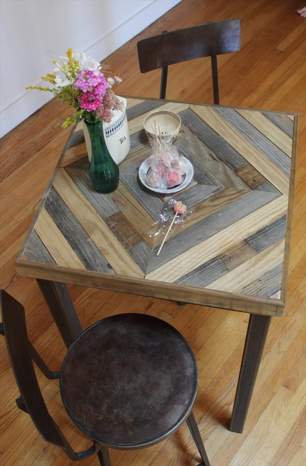 resurrected pallet kitchen end table