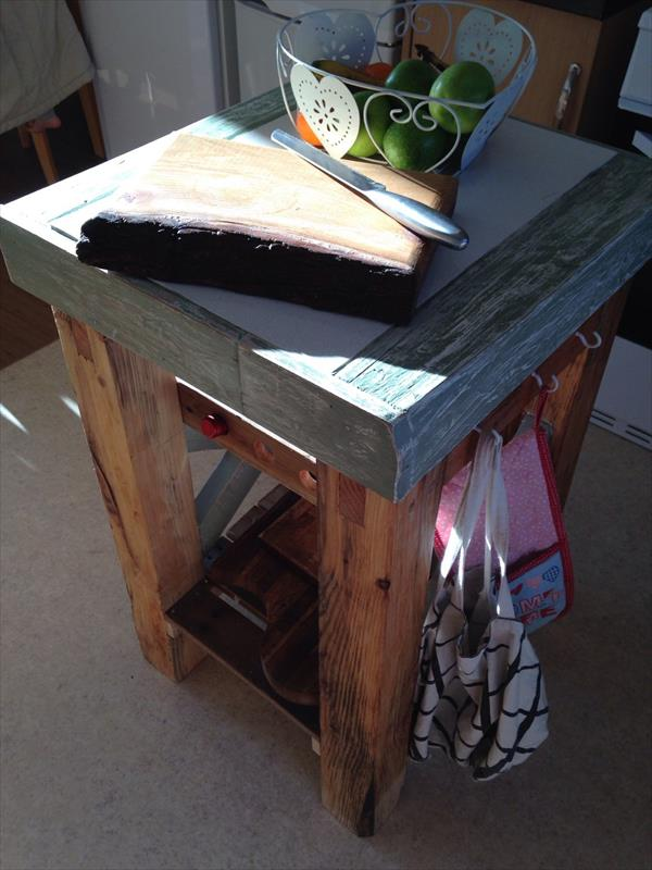 reclaimed pallet butchers block and island table
