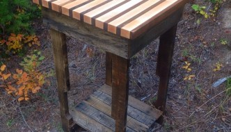 DIY Pallet Side Table and Butcher's Block