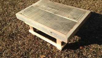 DIY Pallet Wood Step Stool
