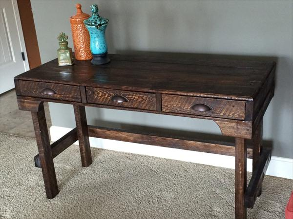 rustic yet modern pallet desk with 3 drawers