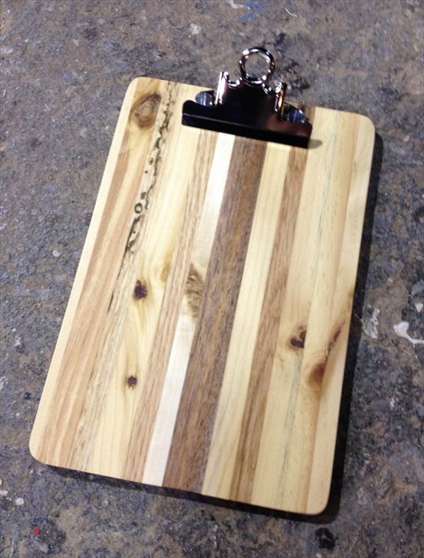 repurposed pallet clipboard