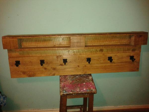 reclaimed pallet shelf and coat rack