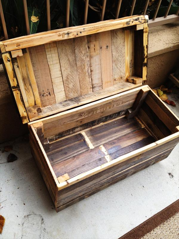 rustic yet modern pallet chest